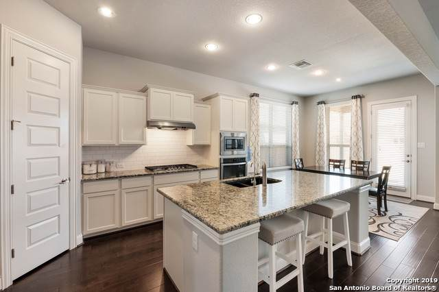 205 Champion Blvd, Boerne, TX 78006 (MLS #1419393) :: Alexis Weigand Real Estate Group
