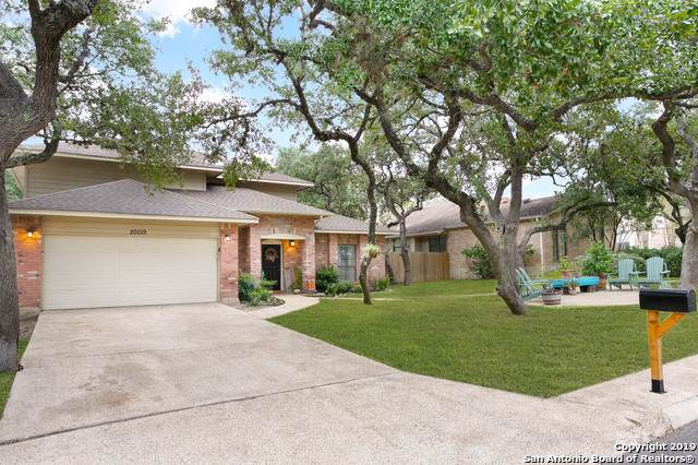 20019 Encino Royale St, San Antonio, TX 78259 (#1420133) :: The Perry Henderson Group at Berkshire Hathaway Texas Realty