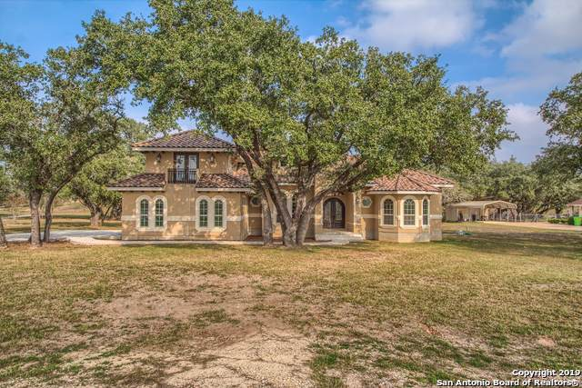 104 Medora Branch, Floresville, TX 78114 (#1420330) :: The Perry Henderson Group at Berkshire Hathaway Texas Realty