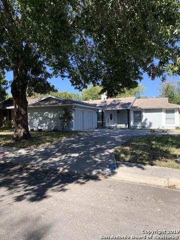 5206 Timberhurst, San Antonio, TX 78250 (#1421243) :: The Perry Henderson Group at Berkshire Hathaway Texas Realty