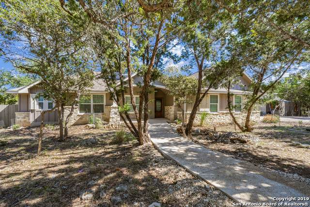 105 Mallard Dr, Boerne, TX 78006 (#1421524) :: The Perry Henderson Group at Berkshire Hathaway Texas Realty