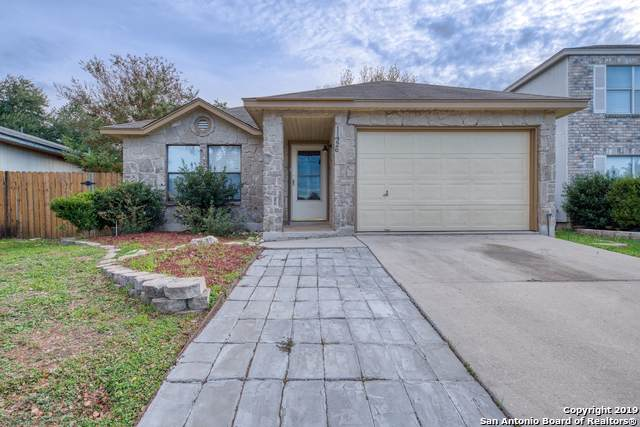 11326 Gunlock Trail, San Antonio, TX 78245 (#1423078) :: The Perry Henderson Group at Berkshire Hathaway Texas Realty