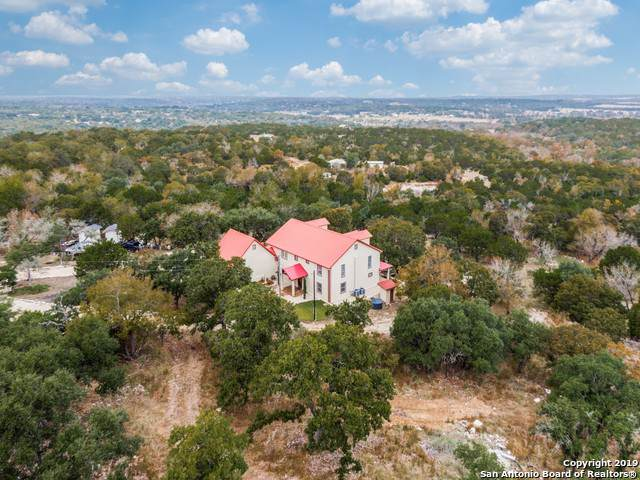 135 Birch Rd, Fredericksburg, TX 78624 (#1423931) :: The Perry Henderson Group at Berkshire Hathaway Texas Realty