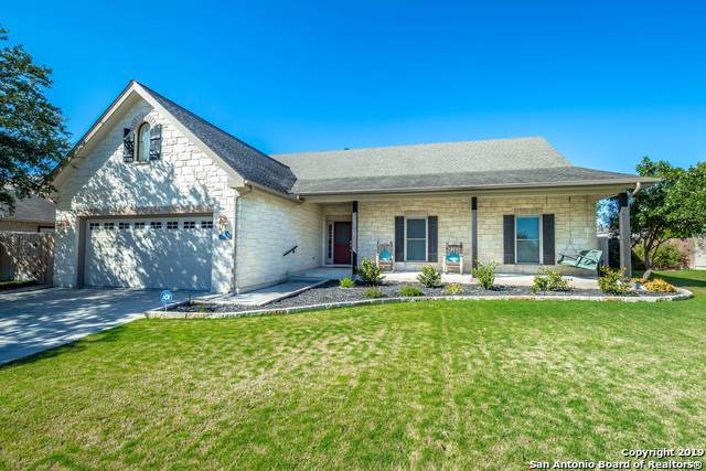 1254 Sugar Land Dr, New Braunfels, TX 78130 (#1424167) :: The Perry Henderson Group at Berkshire Hathaway Texas Realty