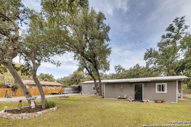 8671 Whartons Dock Rd, Bandera, TX 78003 (MLS #1424305) :: Real Estate by Design