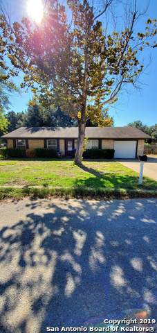 1301 Laredo, Pleasanton, TX 78064 (MLS #1424767) :: NewHomePrograms.com LLC