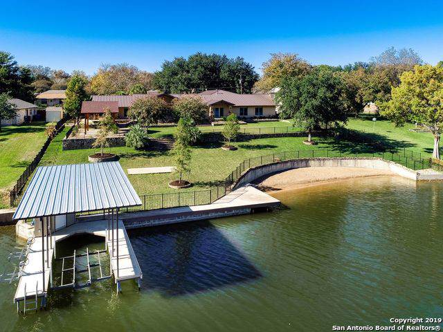 1103 Lakeshore Dr, Marble Falls, TX 78654 (#1424883) :: The Perry Henderson Group at Berkshire Hathaway Texas Realty
