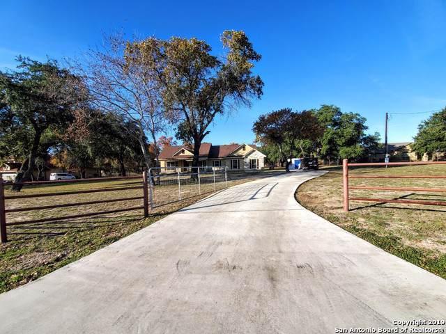 171 County Road 6871, Natalia, TX 78059 (MLS #1424977) :: BHGRE HomeCity