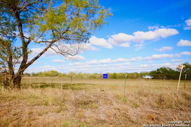 LOT 1 County Road 405, Floresville, TX 78114 (MLS #1425167) :: Glover Homes & Land Group