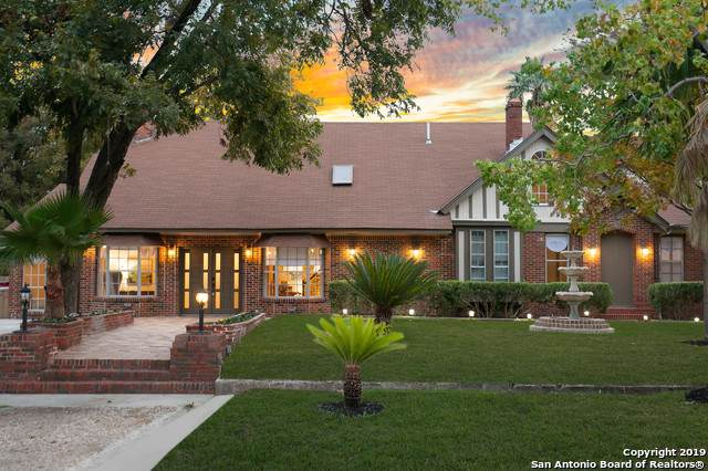 318 Furr Dr, San Antonio, TX 78201 (#1426109) :: The Perry Henderson Group at Berkshire Hathaway Texas Realty