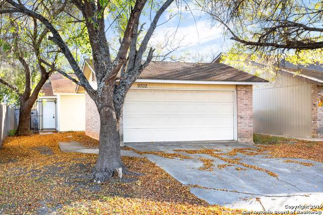 9702 Simplicity Dr, San Antonio, TX 78245 (MLS #1426480) :: Alexis Weigand Real Estate Group
