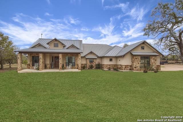 180 Oak Park Rd, Adkins, TX 78101 (MLS #1427561) :: BHGRE HomeCity