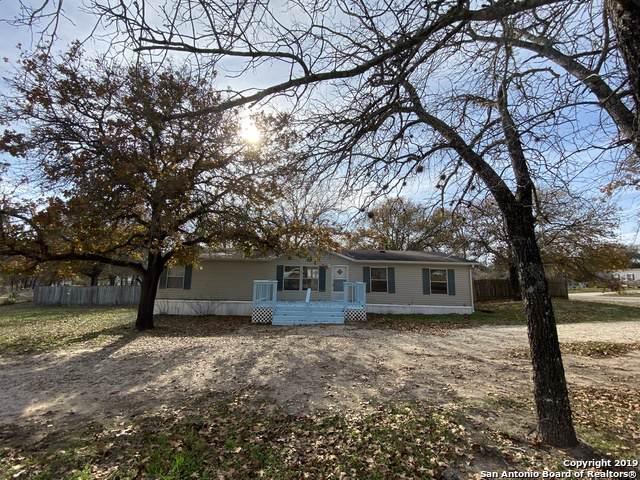 23027 Shady Forest Dr, Elmendorf, TX 78112 (MLS #1428194) :: Legend Realty Group