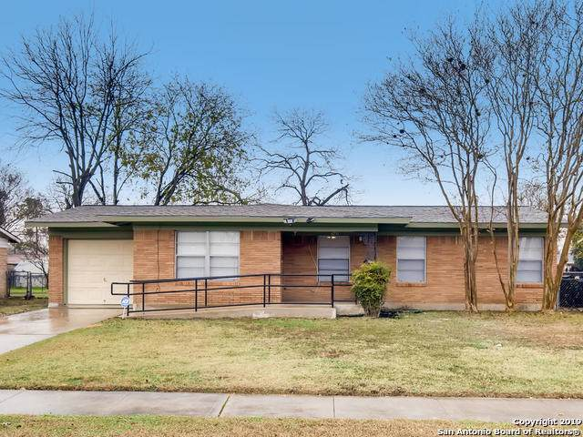 4711 Creekmoor Dr, San Antonio, TX 78220 (#1430024) :: The Perry Henderson Group at Berkshire Hathaway Texas Realty