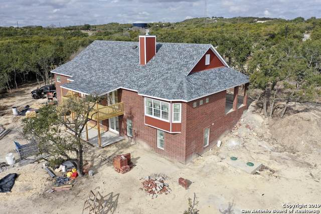 101 Buttermilk Ln, Spring Branch, TX 78070 (#1430185) :: The Perry Henderson Group at Berkshire Hathaway Texas Realty