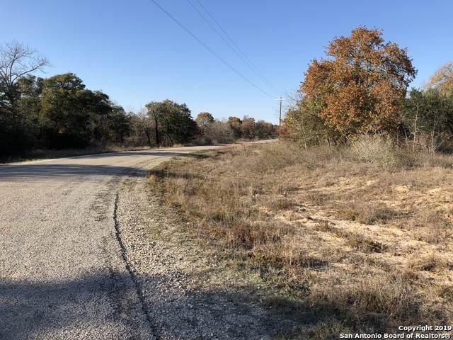 535 Grey Stone, Poteet, TX 78065 (MLS #1430336) :: The Gradiz Group