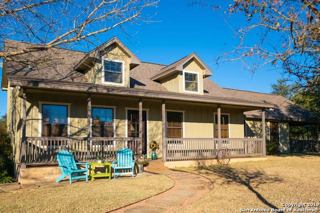 102 Live Oak Ridge, Bandera, TX 78003 (MLS #1430347) :: Erin Caraway Group