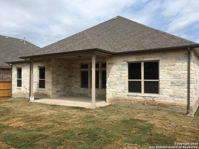 230 Sigel, New Braunfels, TX 78132 (#1430927) :: The Perry Henderson Group at Berkshire Hathaway Texas Realty