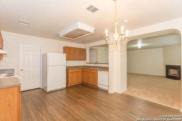 14810 Bending Pt, San Antonio, TX 78247 (MLS #1431428) :: BHGRE HomeCity