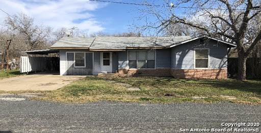 141 S Carroll St, Poth, TX 78147 (MLS #1434016) :: Concierge Realty of SA
