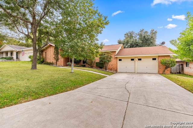 1231 North Blvd, Universal City, TX 78148 (#1435743) :: The Perry Henderson Group at Berkshire Hathaway Texas Realty