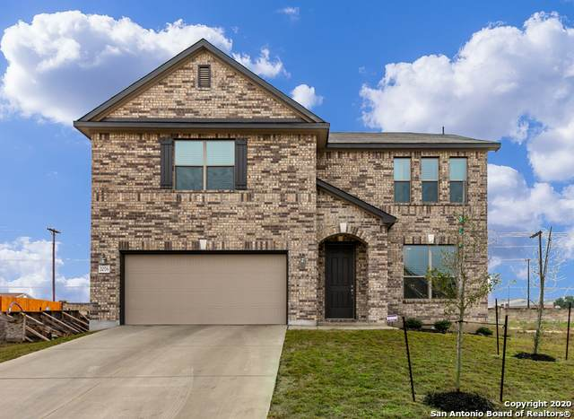 2076 Oxbow Circle, New Braunfels, TX 78130 (MLS #1436133) :: The Castillo Group