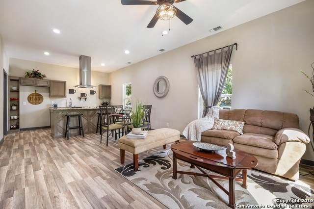 117 S Polaris St, San Antonio, TX 78203 (MLS #1437025) :: Neal & Neal Team