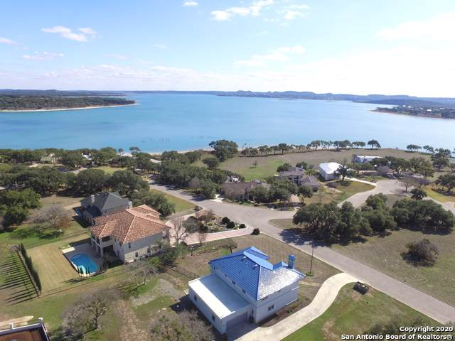 829 Kings Point Dr, Canyon Lake, TX 78133 (MLS #1437030) :: EXP Realty