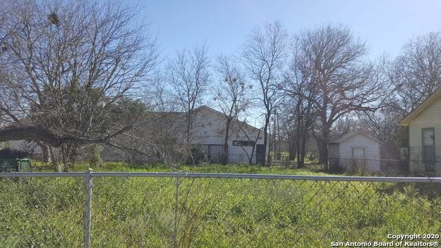 734 Lincolnshire Dr - Photo 1