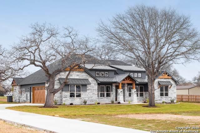 113 Woodlands Dr, La Vernia, TX 78121 (MLS #1438302) :: Maverick