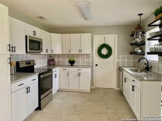 7231 Meadow Breeze Dr, San Antonio, TX 78227 (MLS #1438319) :: Neal & Neal Team