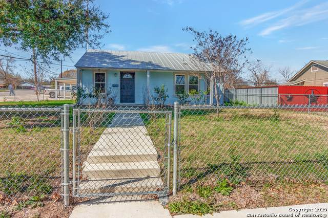 303 Cravens Ave, San Antonio, TX 78223 (MLS #1439277) :: Tom White Group
