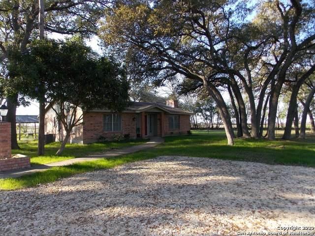 1430 E Martindale Rd, Seguin, TX 78155 (MLS #1440089) :: BHGRE HomeCity