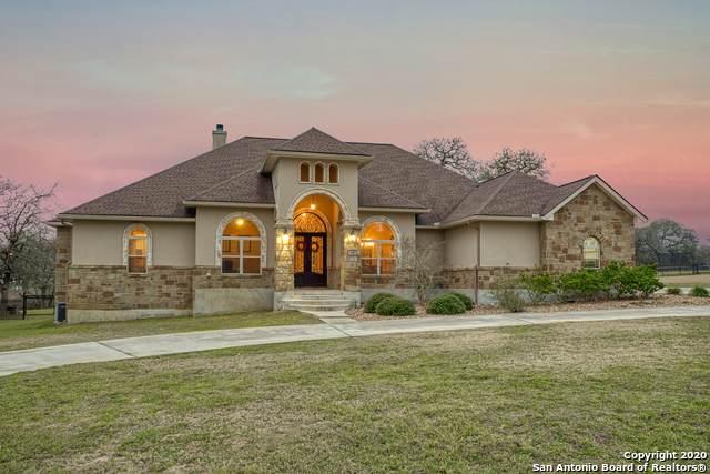 108 Bridgewater Dr, La Vernia, TX 78121 (MLS #1440790) :: The Gradiz Group