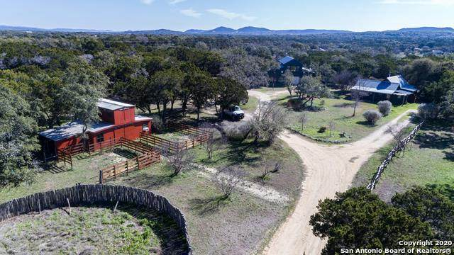 142 Green Valley Ct, Pipe Creek, TX 78063 (MLS #1440799) :: The Castillo Group