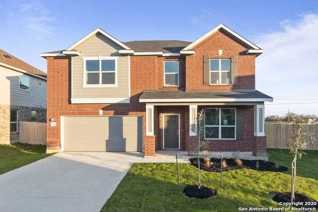 2036 Oxbow Circle, New Braunfels, TX 78130 (MLS #1443075) :: Neal & Neal Team