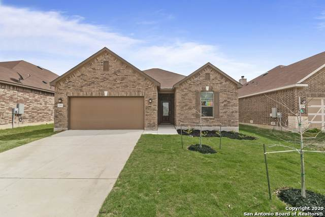 2060 Oxbow Circle, New Braunfels, TX 78130 (MLS #1443157) :: Neal & Neal Team