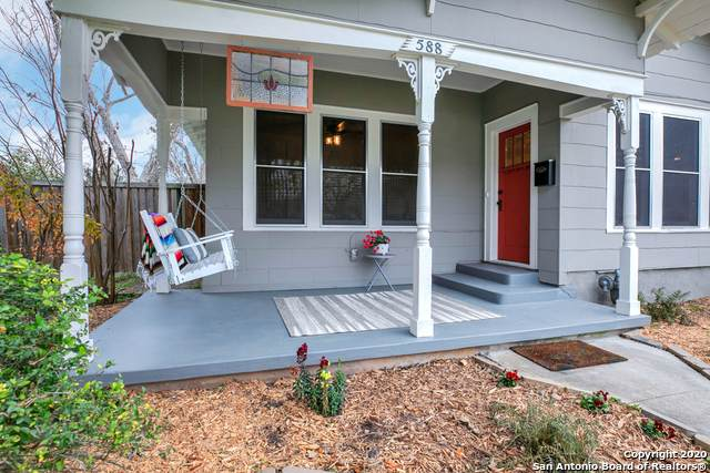 588 Willow Ave, New Braunfels, TX 78130 (MLS #1443255) :: Neal & Neal Team