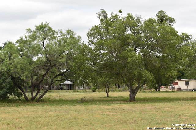 TBD 3rd St, Pleasanton, TX 78064 (MLS #1443315) :: The Heyl Group at Keller Williams