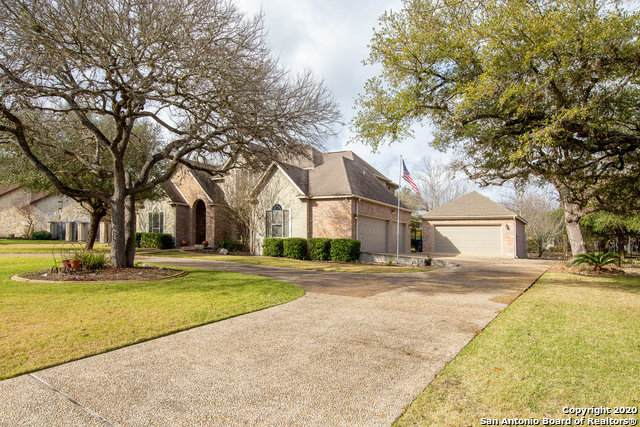 8409 High Cliff Dr, Fair Oaks Ranch, TX 78015 (MLS #1444275) :: The Gradiz Group