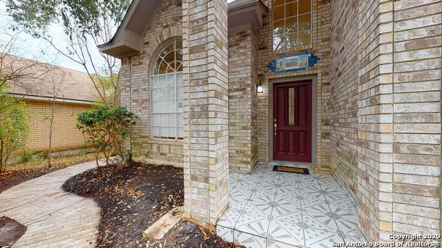 5207 Cabin Lake Dr, San Antonio, TX 78244 (#1445906) :: The Perry Henderson Group at Berkshire Hathaway Texas Realty