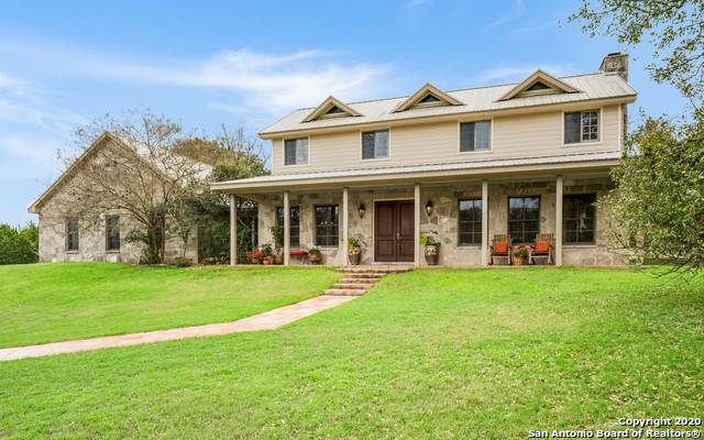 67 Skyland Dr, Boerne, TX 78006 (MLS #1446262) :: The Glover Homes & Land Group