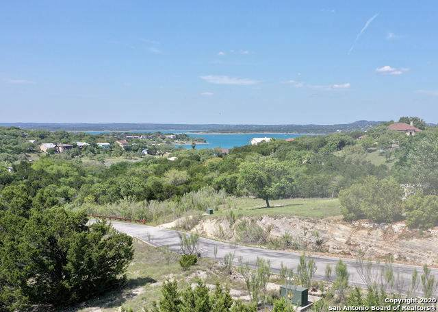 1011 Thunderbolt Rd, Canyon Lake, TX 78133 (MLS #1447184) :: The Castillo Group
