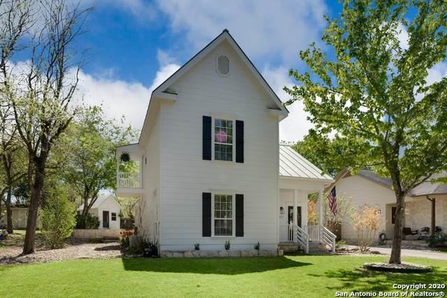 117 W Evergreen St, Boerne, TX 78006 (MLS #1447397) :: Tom White Group