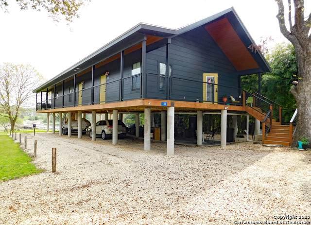 135 Old Ingram Loop, Ingram, TX 78025 (MLS #1448373) :: The Heyl Group at Keller Williams