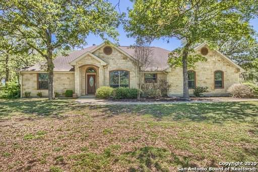 359 Rosewood Dr, La Vernia, TX 78121 (MLS #1448681) :: The Glover Homes & Land Group