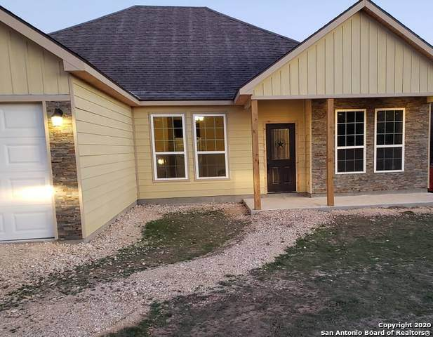 514 Deerwood Circle, Bandera, TX 78003 (MLS #1448755) :: Neal & Neal Team