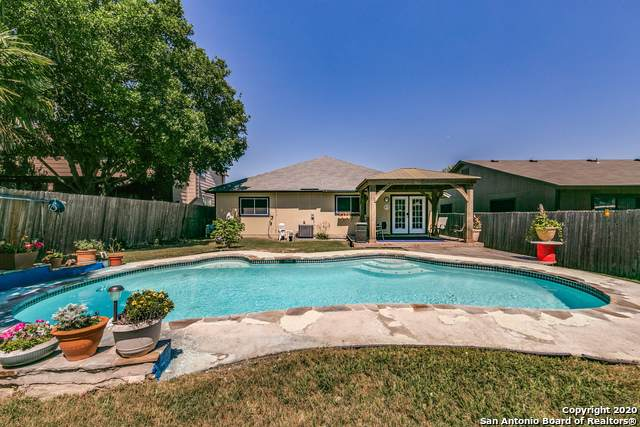 8050 Chestnut Barr Dr, Converse, TX 78109 (MLS #1449309) :: Keller Williams City View