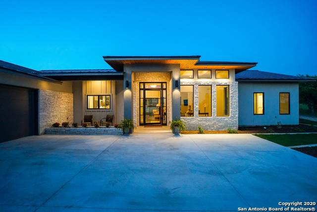 1005 Cielo Dr, Kerrville, TX 78028 (MLS #1450245) :: The Lugo Group