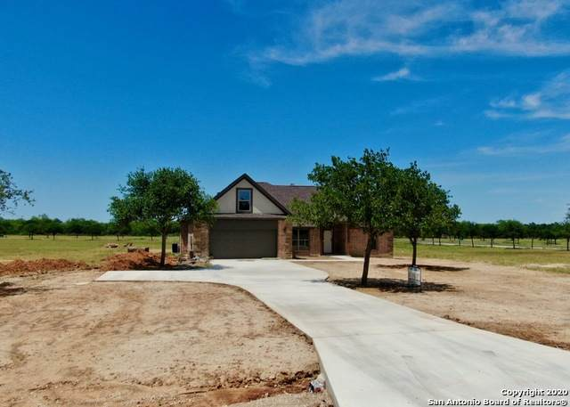 161 W Medium Meadow Drive, Lytle, TX 78052 (MLS #1451401) :: BHGRE HomeCity San Antonio